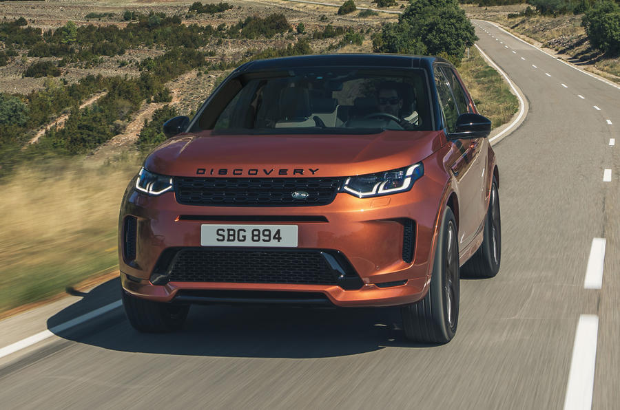 2014 - [Land Rover] Discovery Sport [L550] - Page 13 Lr_dsblack_21my_exterior_260820_02