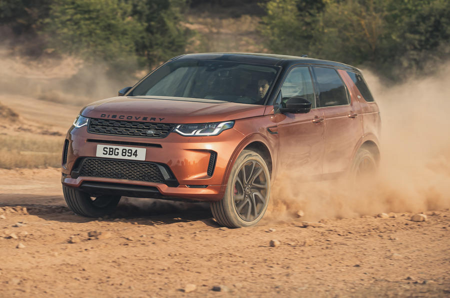 2014 - [Land Rover] Discovery Sport [L550] - Page 13 Lr_dsblack_21my_exterior_260820_03