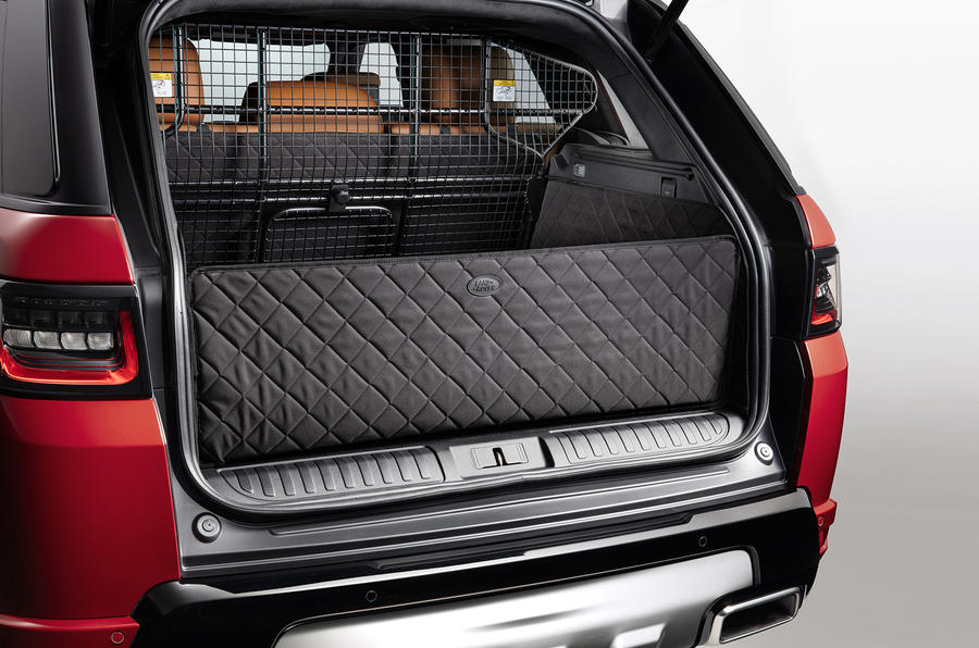 Land Rover Pet Packs Revealed As Official Accessories