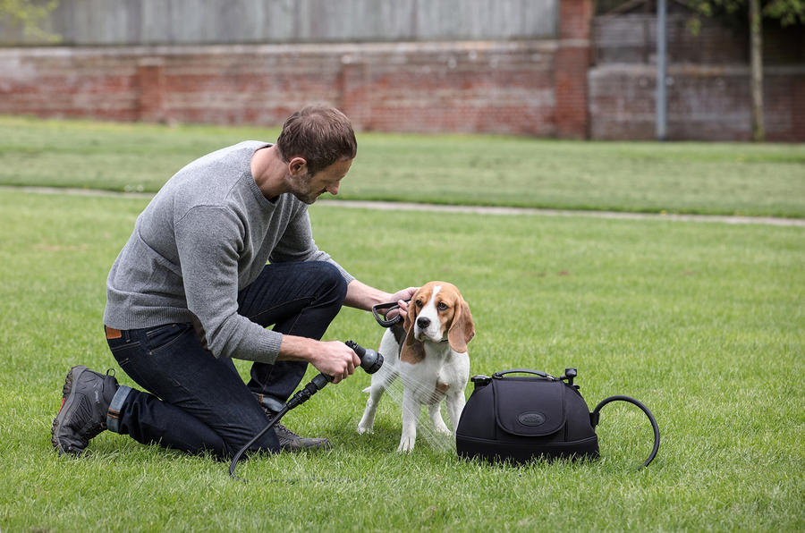 Land Rover launches optional Pet Packs