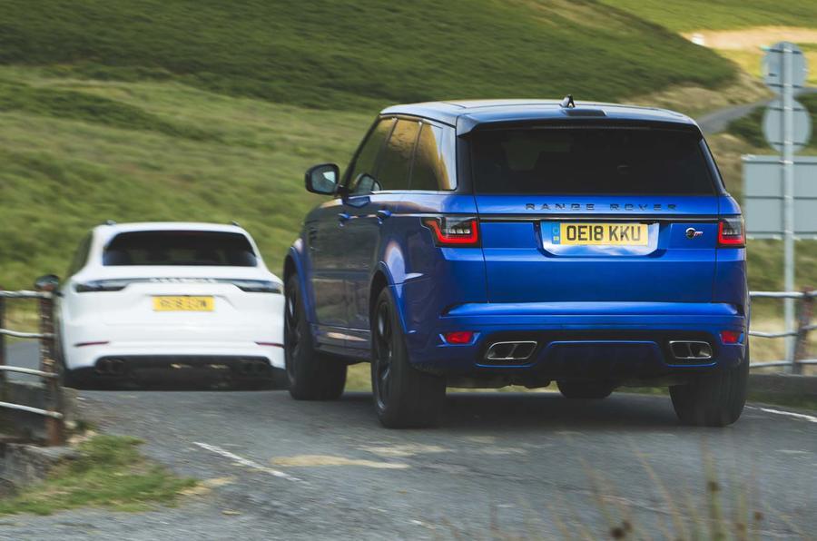 Range Rover Vs Land Rover >> Hot Suv Twin Test Porsche Cayenne Turbo Vs Range Rover