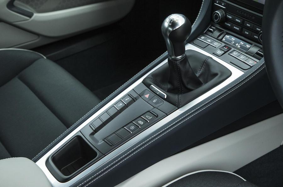 2016 porsche 718 cayman 2 0 review autocar rh autocar co uk porsche cayman manual transmission swap porsche cayman manual transmission for sale