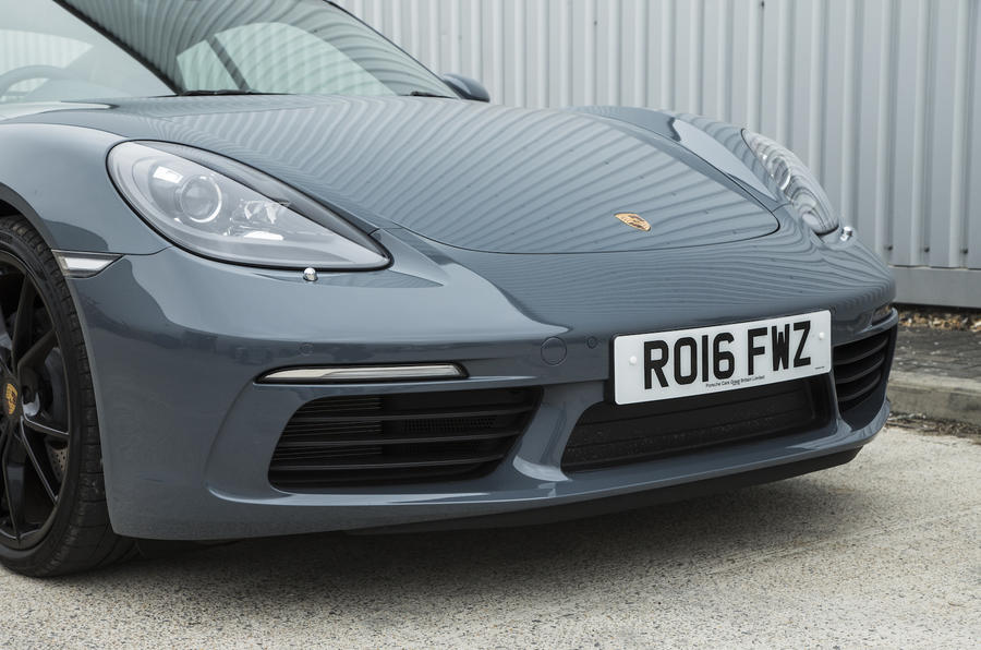 Porsche 718 Cayman front end
