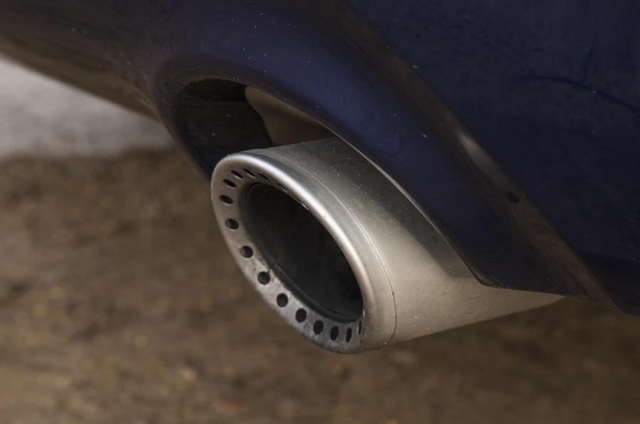 2016 Infiniti Q50 Exhaust Tip
