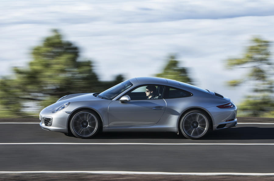 £76,412 Porsche 911 Carrera