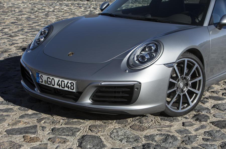 Porsche 911 Carrera nose