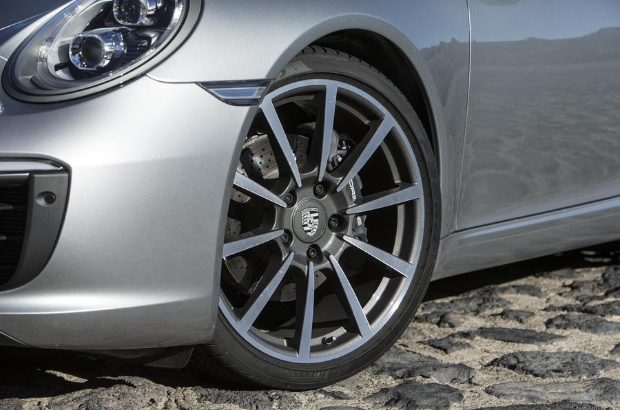 20in Porsche 911 Carrera alloys