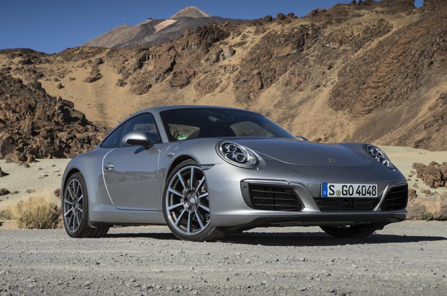5 star Porsche 911 Carrera manual