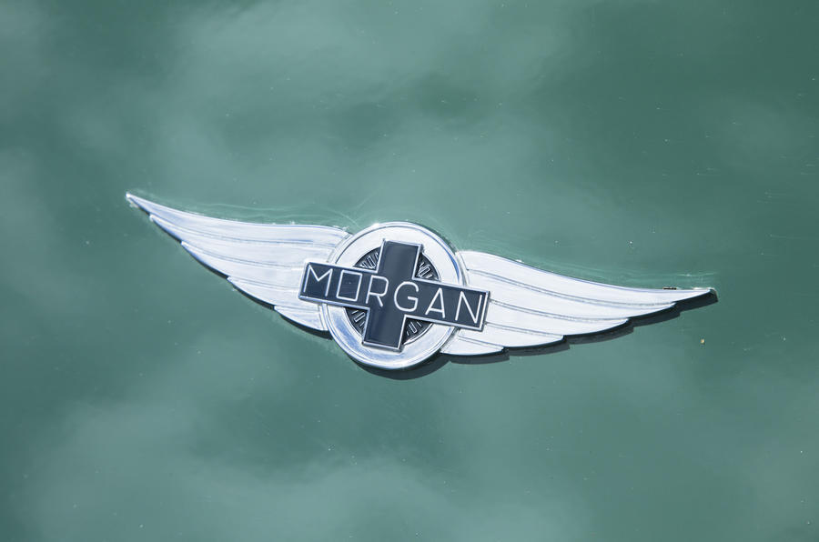 Morgan Plus Six 2019 official press images - Morgan badge