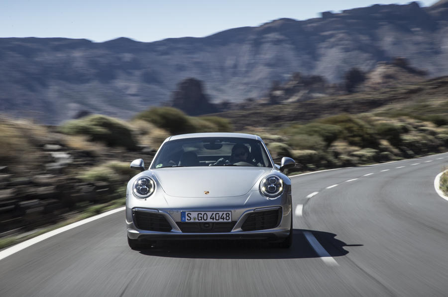 Porsche 911 Carrera cornering