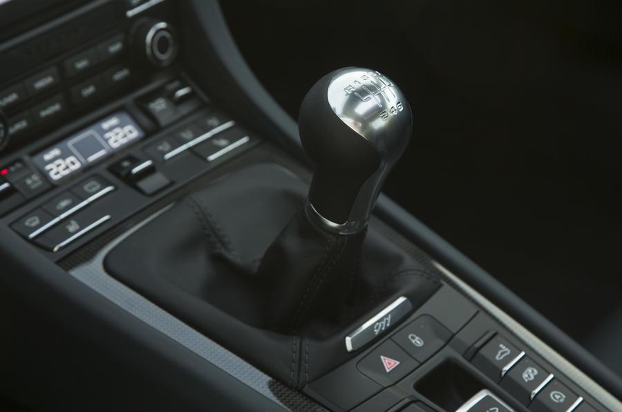 Porsche 911 6-spd manual gearbox