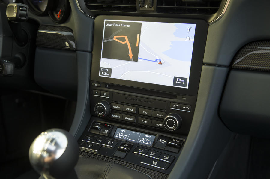 Porsche 911 infotainment system