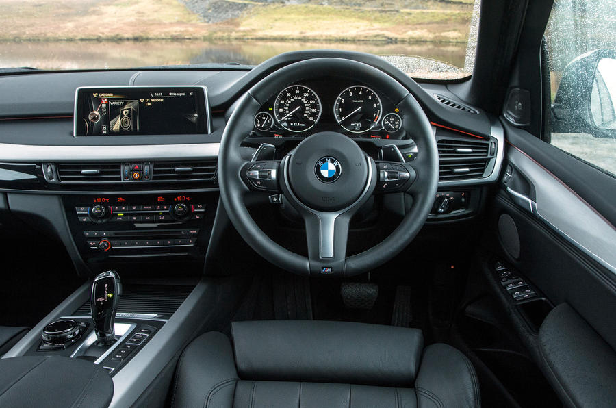 Volvo XC90 T8 versus BMW X5 xDrive40e - twin test | Autocar
