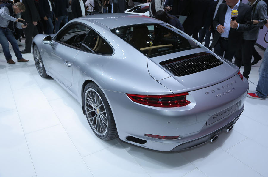 2015 porsche 911 facelift revealed autocar. Black Bedroom Furniture Sets. Home Design Ideas