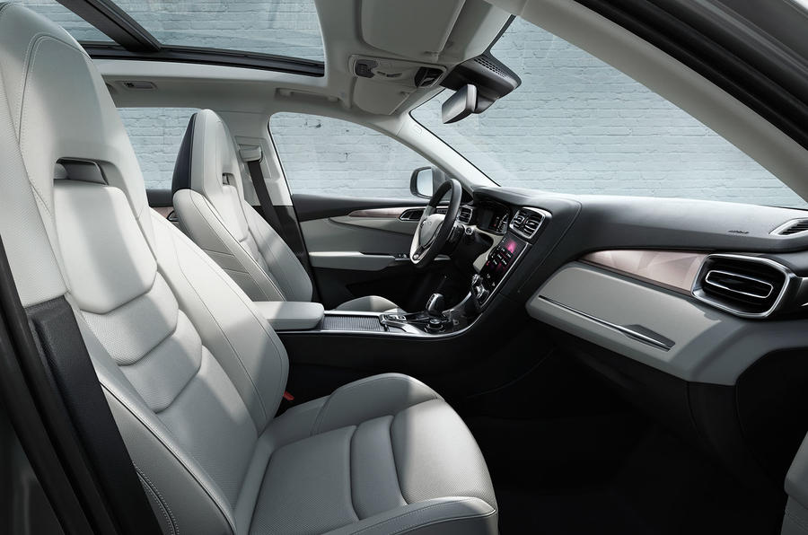 Lynk & Co 01 interior