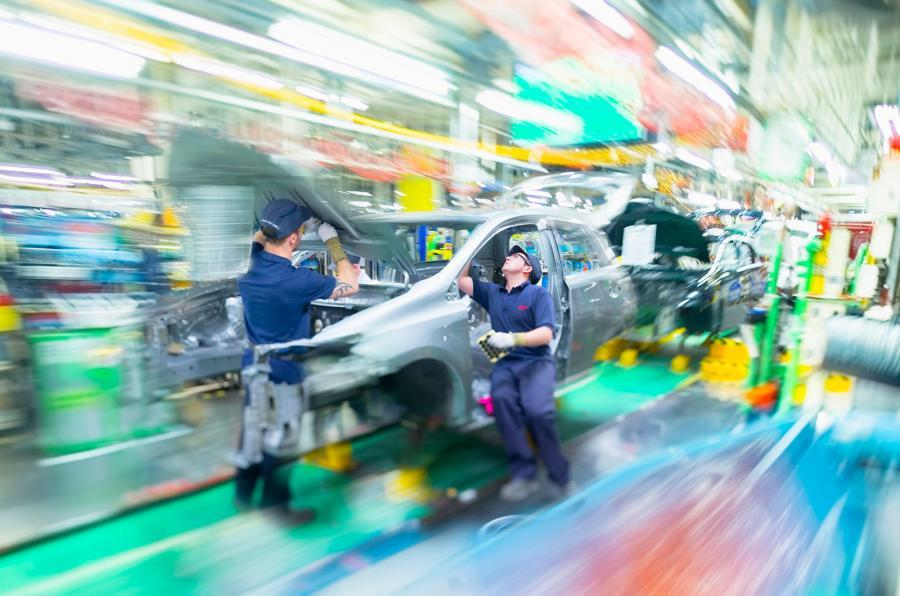 UK government's Brexit offer to Nissan will be extended to all manufacturers