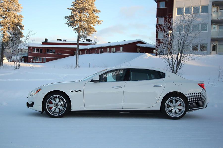 Maserati Quattroporte facelift spy picture