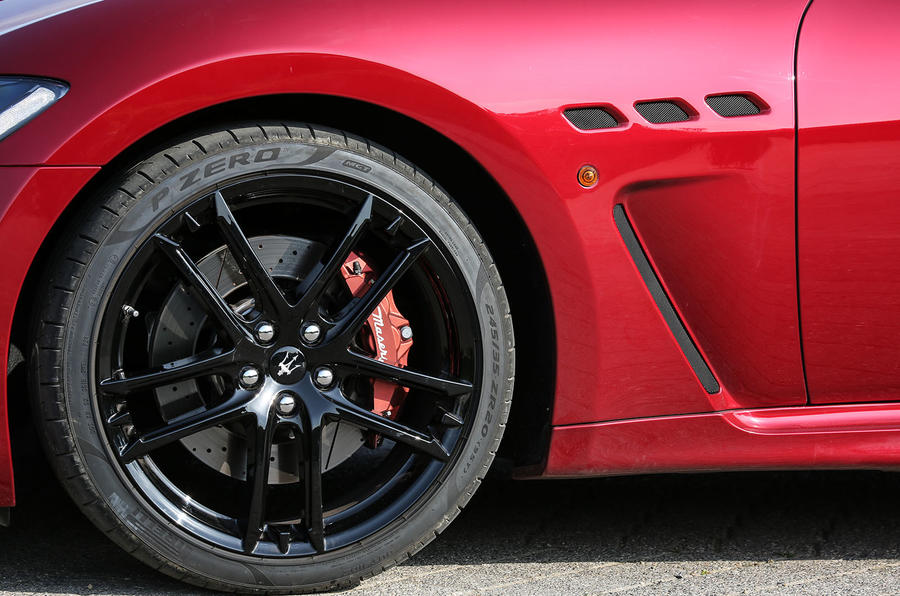 Maserati GranTurismo 2018 first drive review alloy wheel