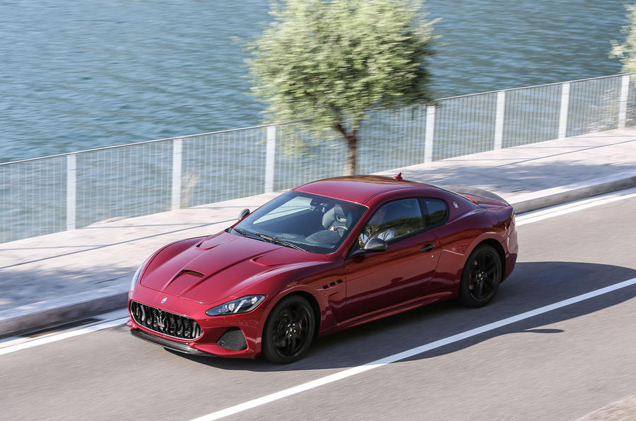 Maserati GranTurismo MC top profile