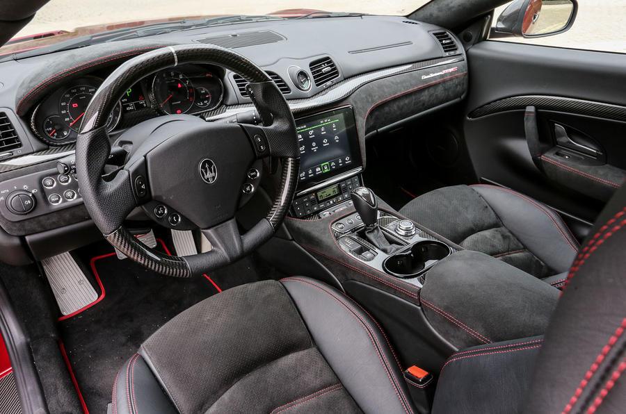 Maserati GranTurismo MC dashboard