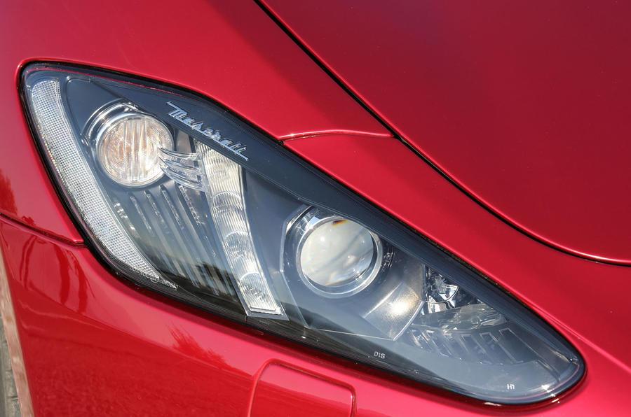 Maserati GranTurismo MC headlights