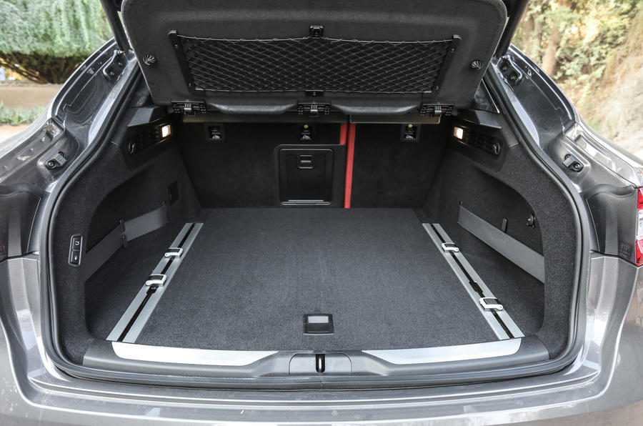 Maserati Levante S GranSport boot space