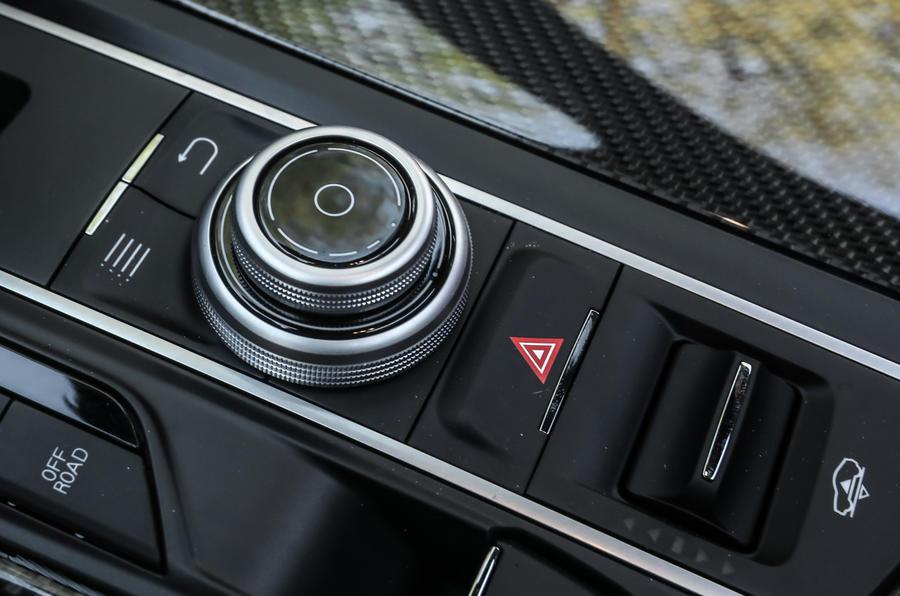 Maserati Levante S GranSport infotainment controller