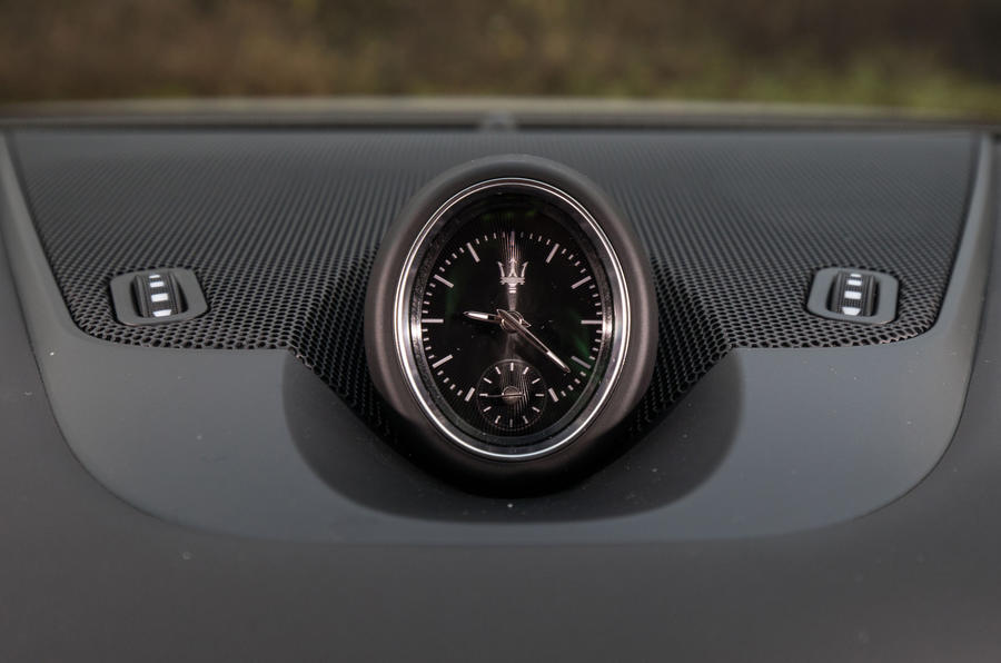 Maserati Levante S GranSport analogue clock