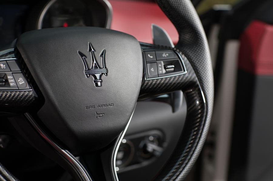Maserati Levante S GranSport steering wheel