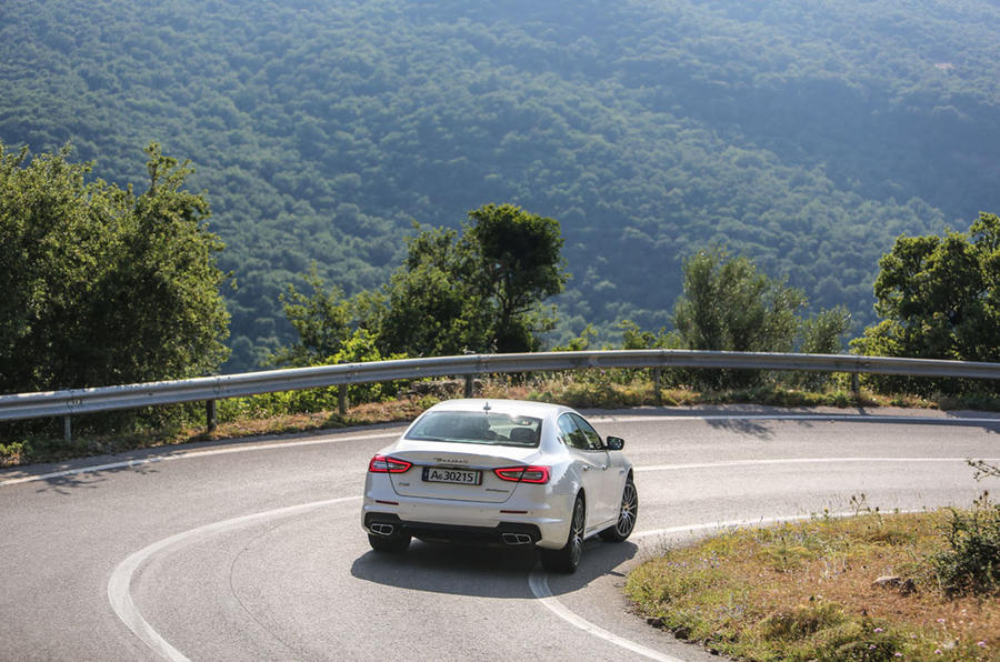 Maserati Quattroporte GTS rear hard cornering