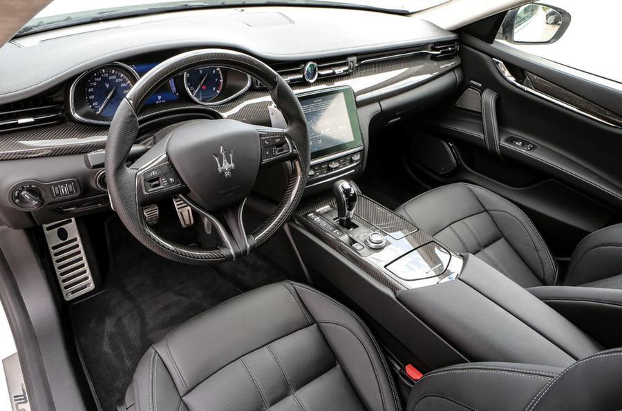 Maserati Quattroporte GTS interior