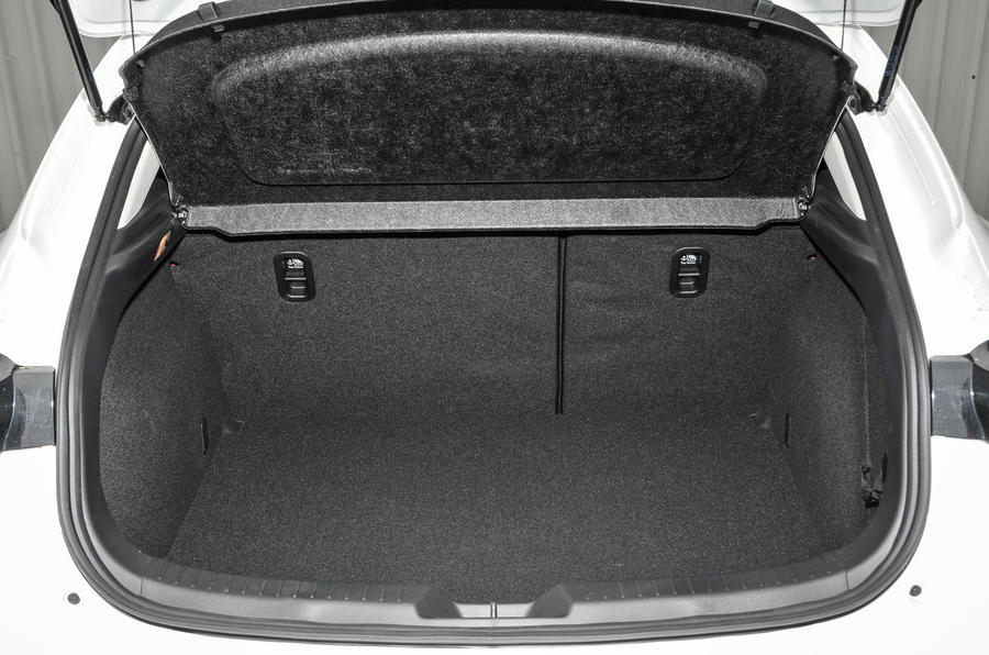 Mazda 3 Sport Black boot space