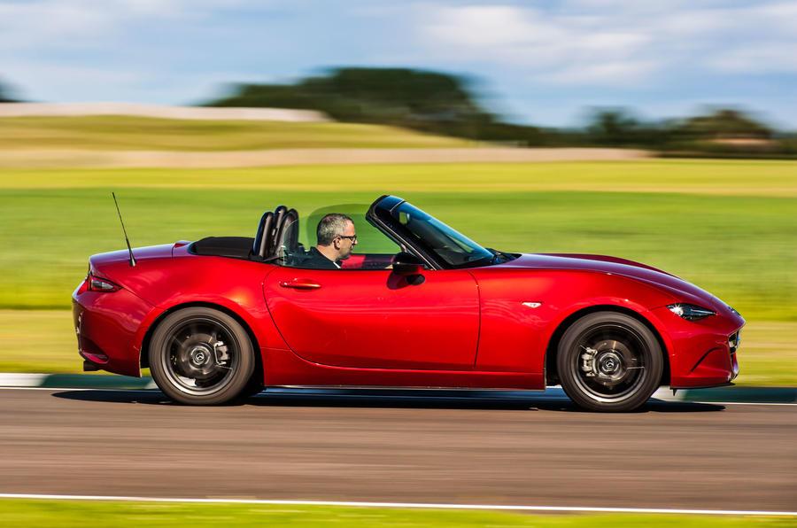 £22,445 Mazda MX-5