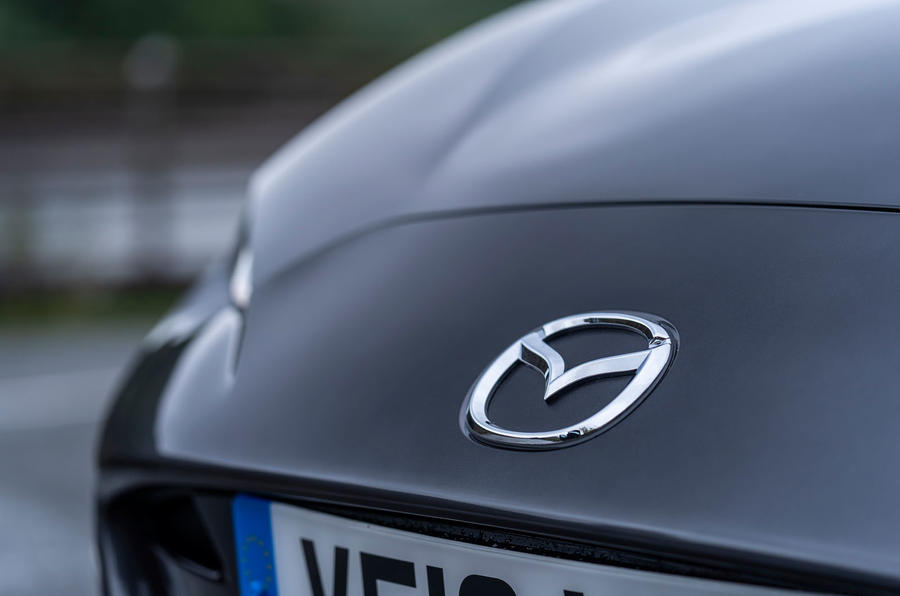 Mazda MX-5 RF 2018 Uk first drive review front badge
