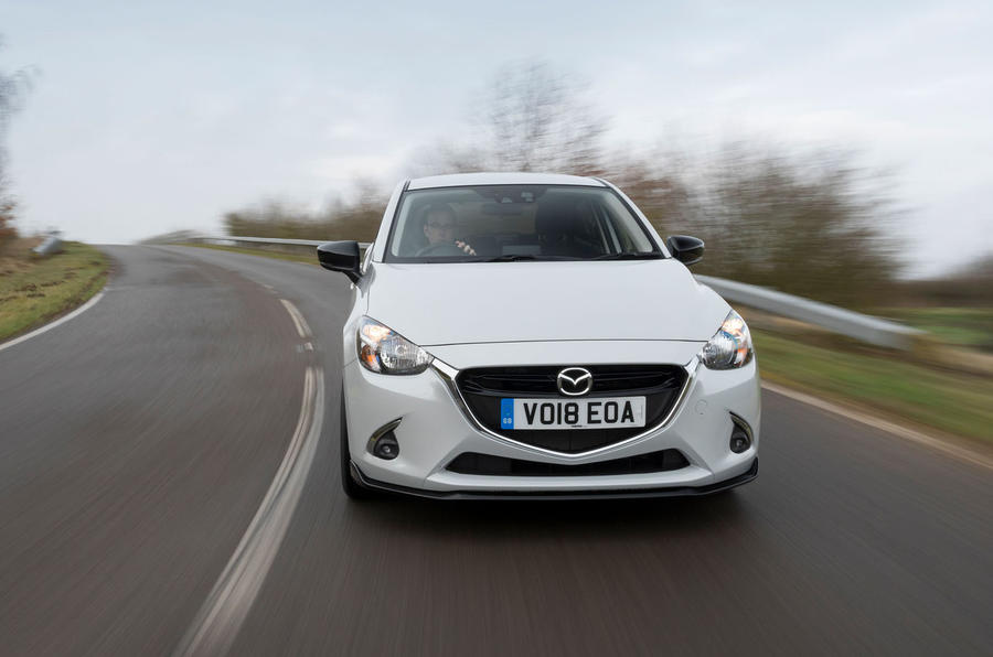 Mazda 2 Sport Black cornering front