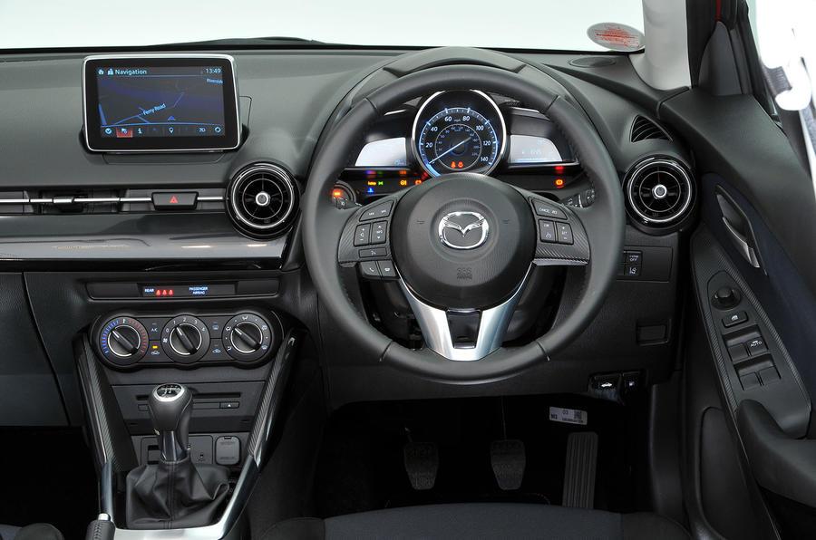 Mazda 2 dashboard