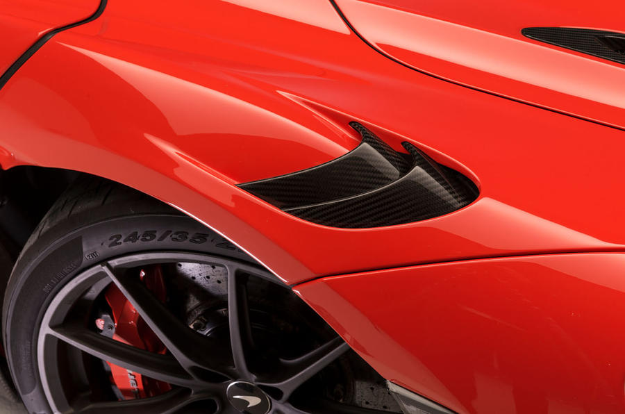 2020 McLaren 765LT - detail