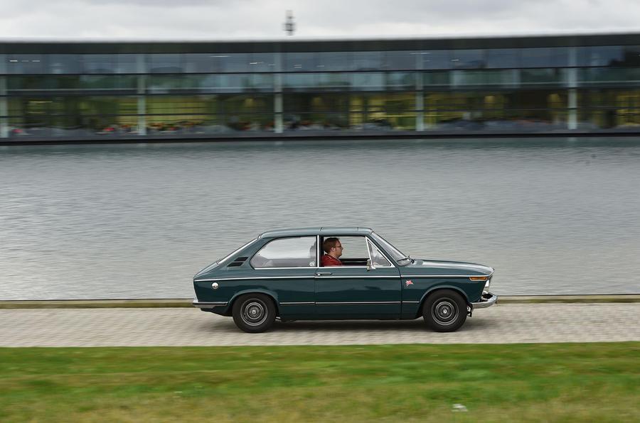 BMW 2000 Touring McLaren