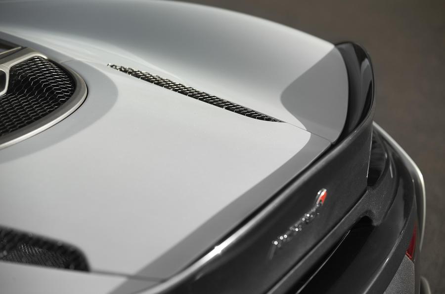 McLaren 570GT rear spoiler