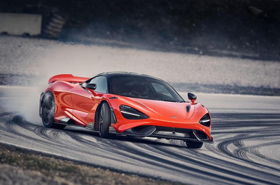 2020 McLaren 765LT - front drifting