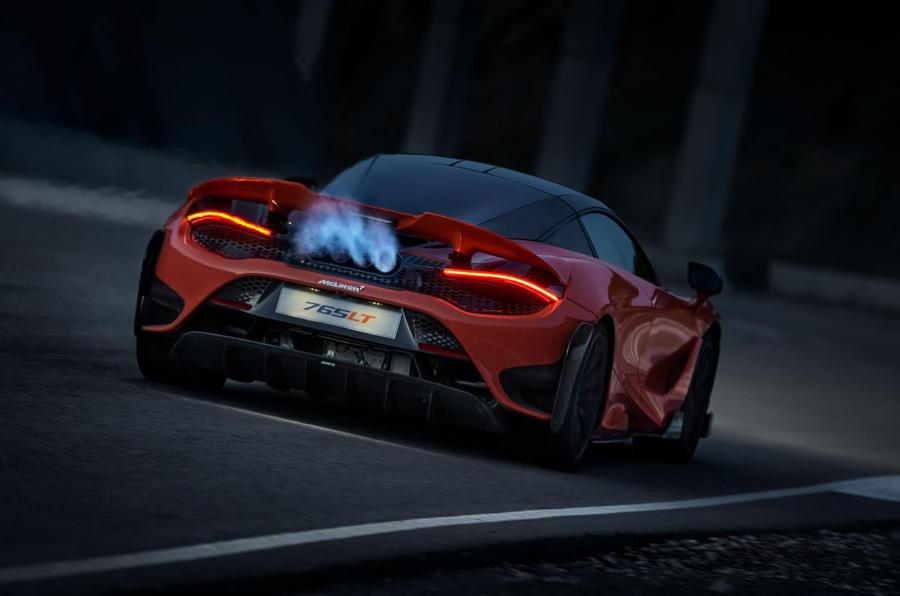 2020 McLaren 765LT - exhaust flame