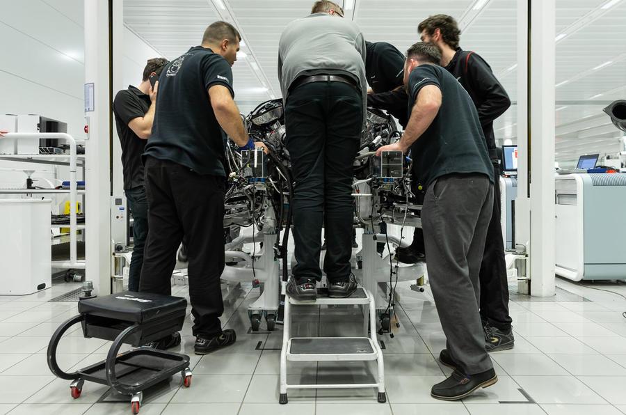 New 2020 McLaren Speedtail hits 250mph in final tests