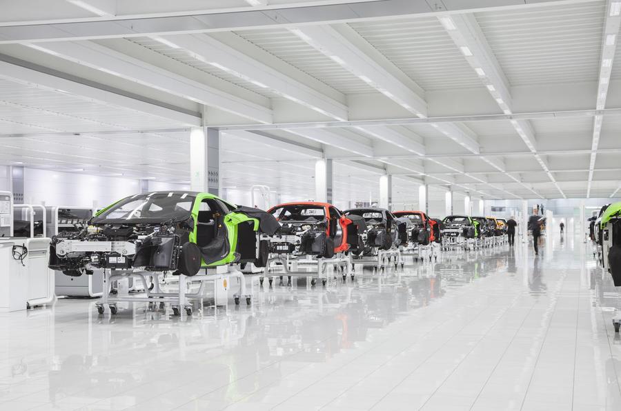 McLaren production centre - 600LT production line