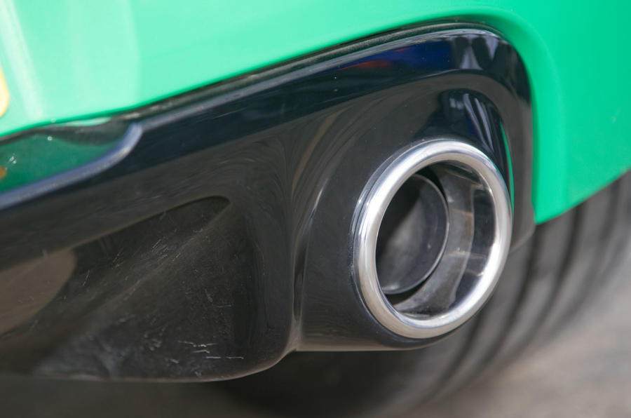 Autocar's name that car quiz - medium - question 3