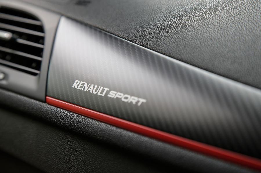 Renault Sport badging