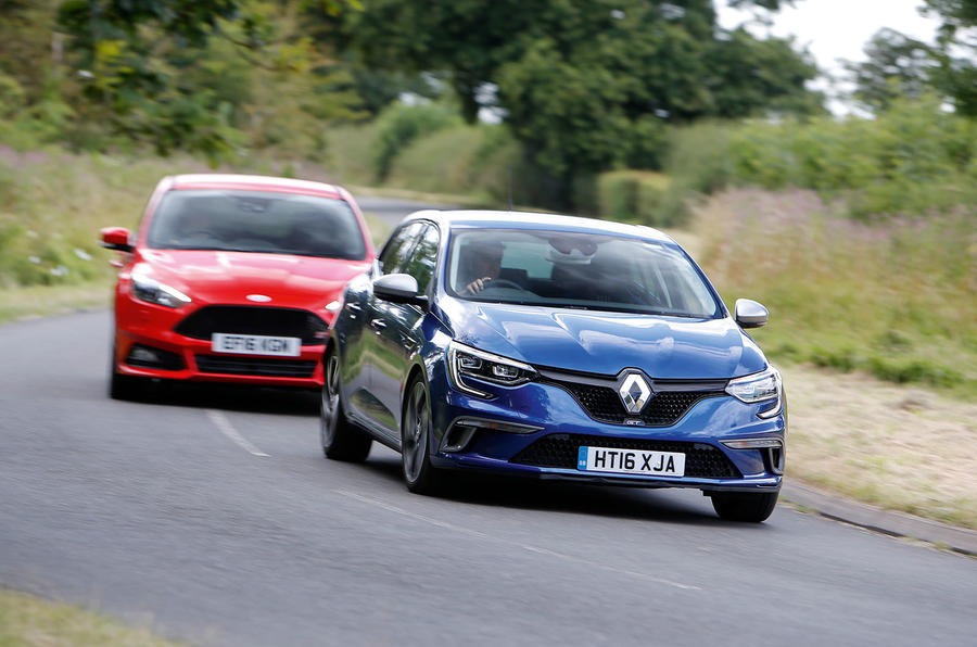 Renault Mégane GT vs Ford Focus vs VW Golf GTI