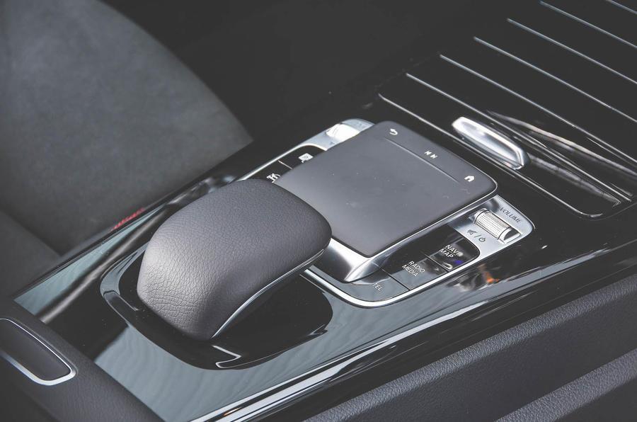 Mercedes Benz Cla >> Mercedes-Benz A250 Saloon AMG Line 2019 review review   Autocar