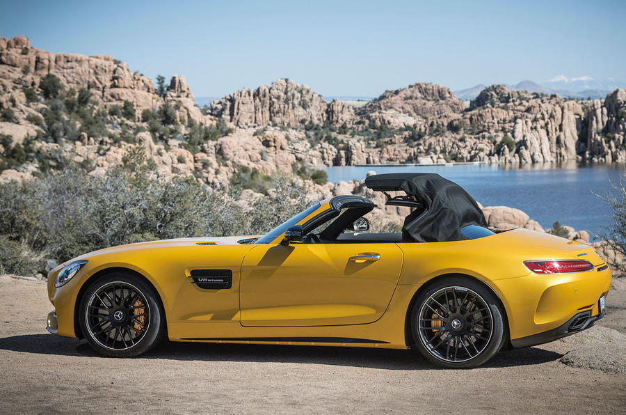 Mercedes-AMG GT C Roadster roof opening