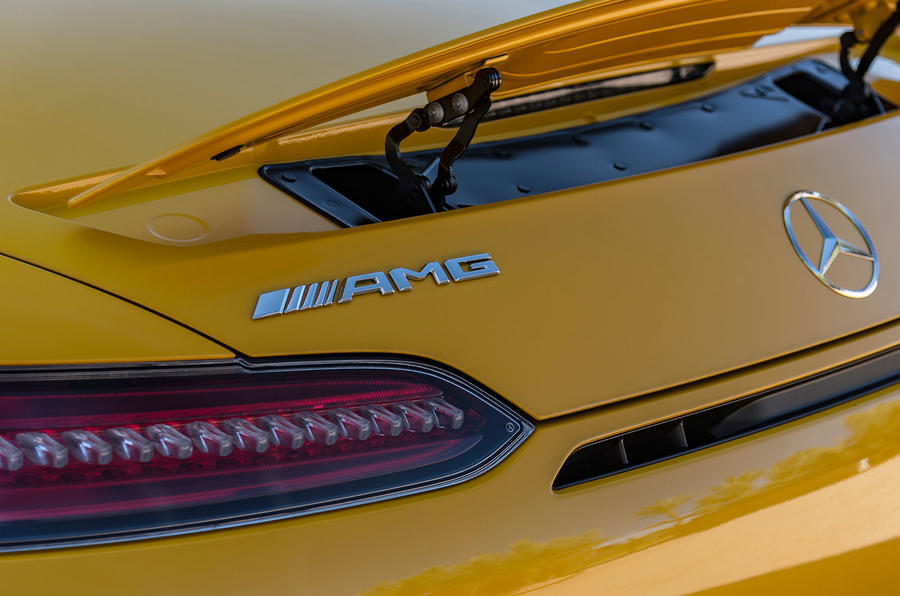 Mercedes-AMG GT C Roadster rear spoiler