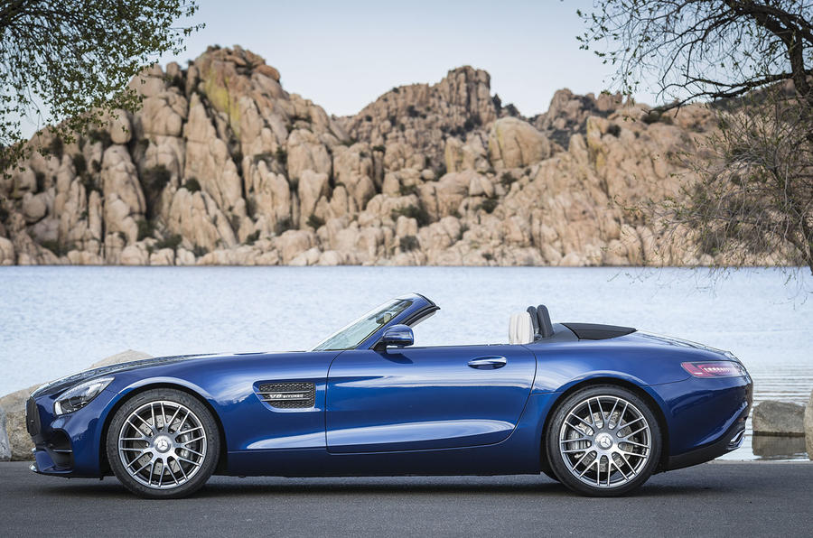 Amg Gt Roadster >> Mercedes Amg Gt Roadster 2017 Review Autocar